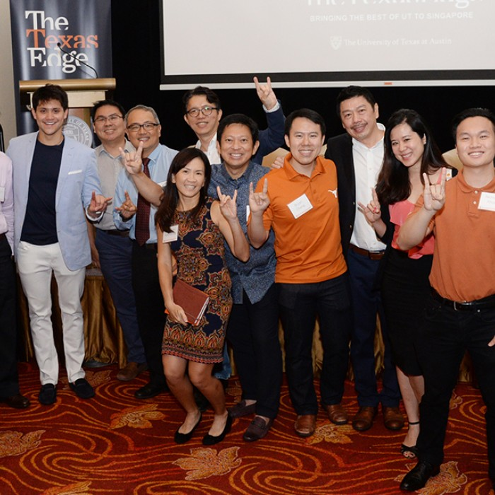 UT alumni gather in Singapore.